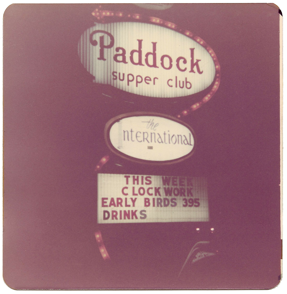 Paddock sign